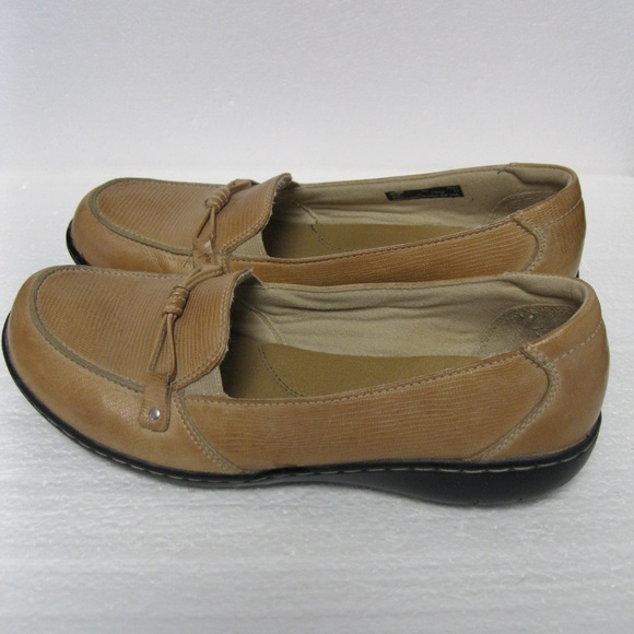 a4afc41c Women's Clarks Bendables Loafers Leather Size 9M